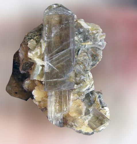 Камень султанит фото