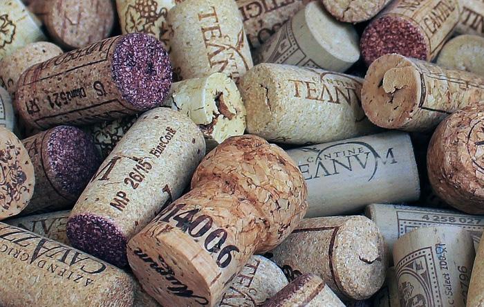 Пробка качественного шампанского